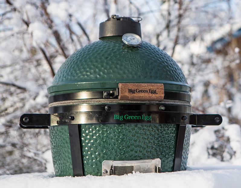 Big Green Egg winter